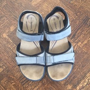 Women's Hiking Sandals Size 38